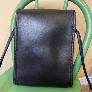 Coach Bags - Coach vintage Scooter bag black leather #9893
